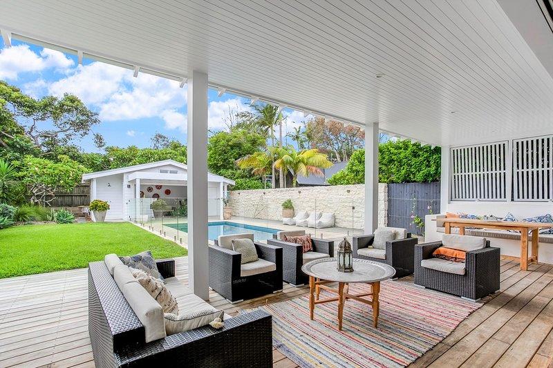 Freshwater Beach Villa, vacation rental in Freshwater