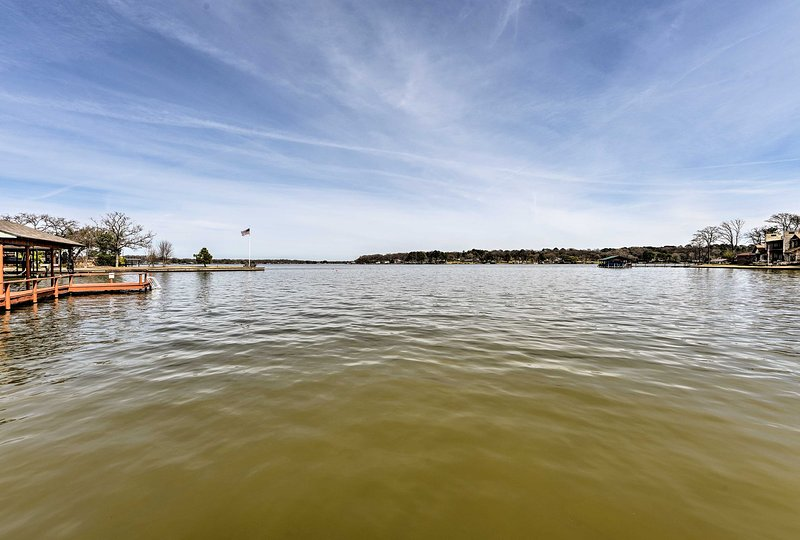 Cedar Creek Lake awaits at 'Bristol on the Bay!'
