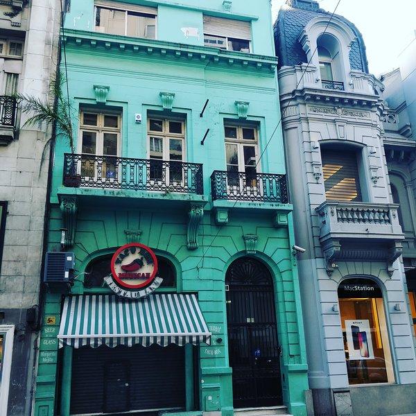 Main facade of #HostellaBamba
