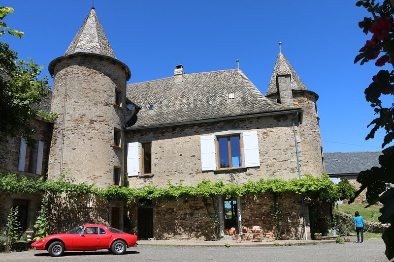 Chateau de Cadars, vacation rental in Naucelle