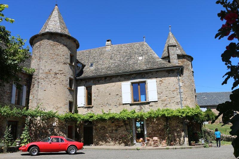 Chateau de Cadars, vacation rental in Luc la Primaube
