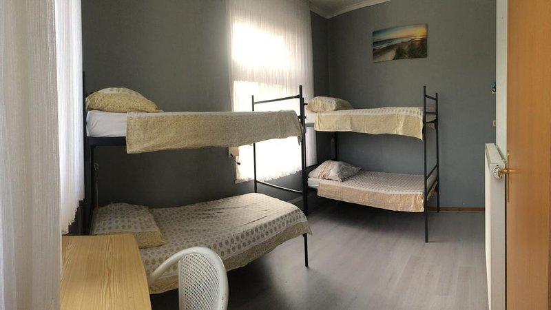 Stokershorst Four Bedroom 1, vacation rental in Nederweert