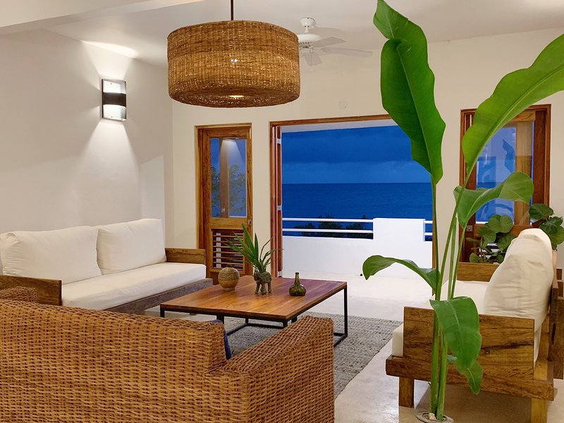 Four Bedroom Ecoluxe Haven, vacation rental in Treasure Beach