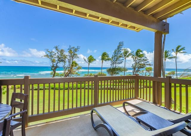 Kaha Lani Resort #224, Oceanfront, Sunrise Views, Walk to Lydgate Beach, holiday rental in Lihue