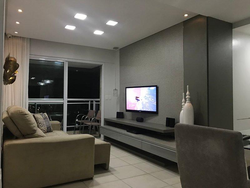 AP BEIRA MAR LUXUOSO 3QTS 2WC C/PISCINA, MACEIO AL, vacation rental in Maceio