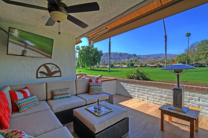 CAR8 - Rancho Las Palmas Country Club - 3 BDRM, 3.5 BA, location de vacances à Désert californien