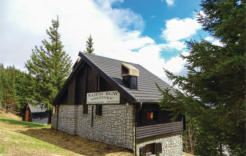 Amazing home in Smartno pri Sl.Gradcu with 2 Bedrooms (SKR116), holiday rental in Carinthia Region