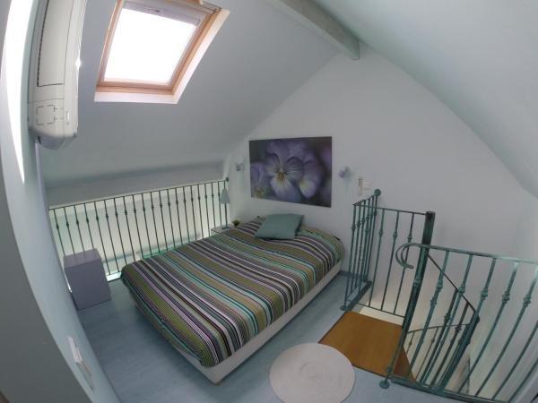 Gîte Duplex centre Milly-la-Forêt, holiday rental in Arbonne-la-Foret