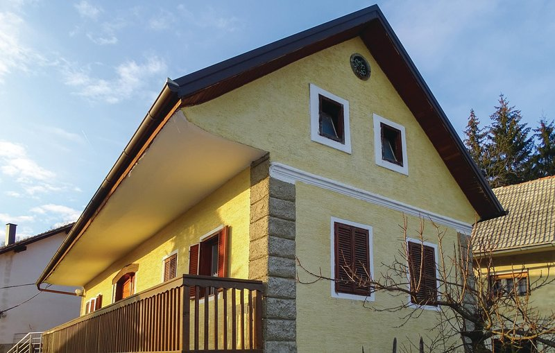 Awesome home in Semic with WiFi and 1 Bedrooms (SSE115), alquiler de vacaciones en Dolenjske Toplice