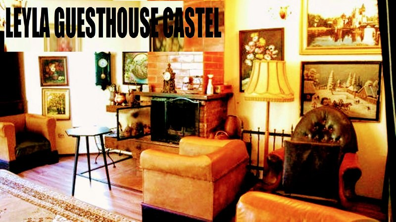 LEYLA GUESTHOUSE CASTELFAMILY, vacation rental in Poiana Brasov