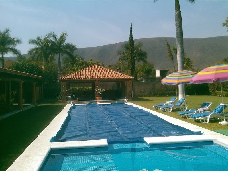 QUINTA LOS TULIPANES, holiday rental in Chiconcuac