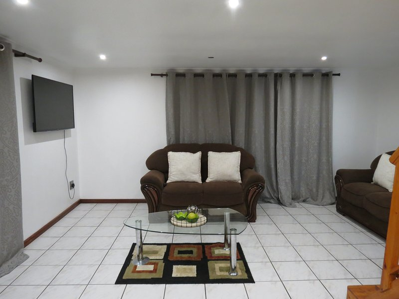 Three Spruce, holiday rental in Durbanville