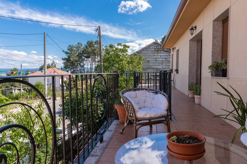 Casa Idalia, holiday rental in Leiro