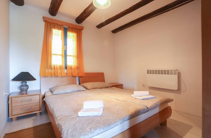 Agroturizam Djeca vjetra - Two Bedroom Apartment, holiday rental in Sarajevo