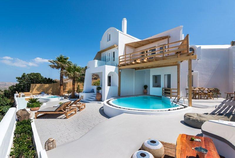 Summer Lovers Villa Private Pool | Private Spa | Panoramic Caldera View, location de vacances à Akrotiri
