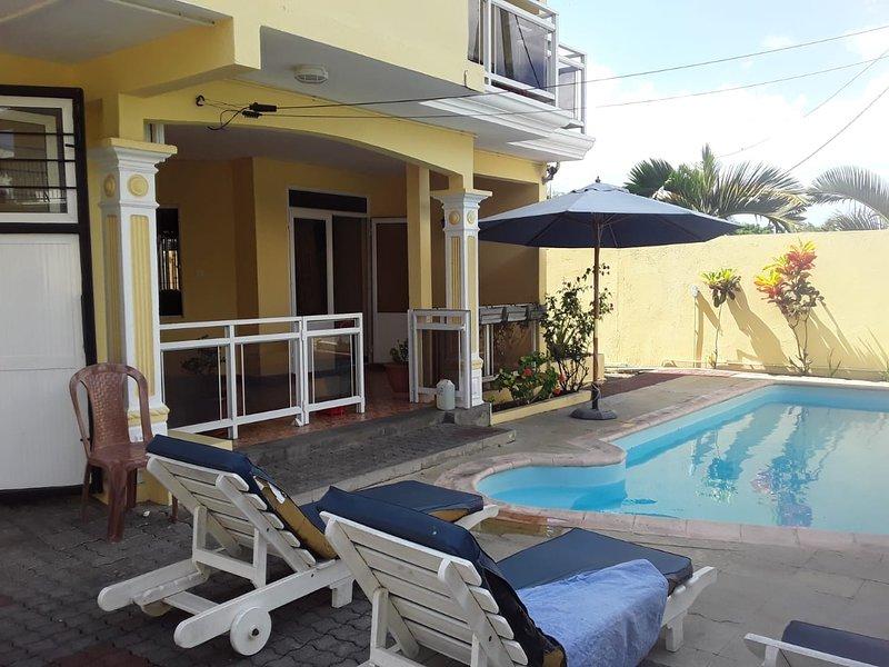 Amazing house with shared pool, aluguéis de temporada em Mapou
