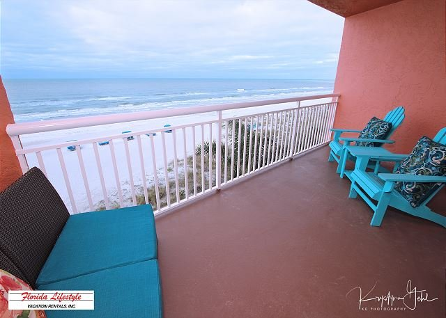 Chateaux Condominium 304, holiday rental in Indian Shores