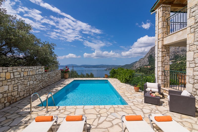 Villa Zeta-Villa With Private Pool And Spectacular Views, holiday rental in Nissaki