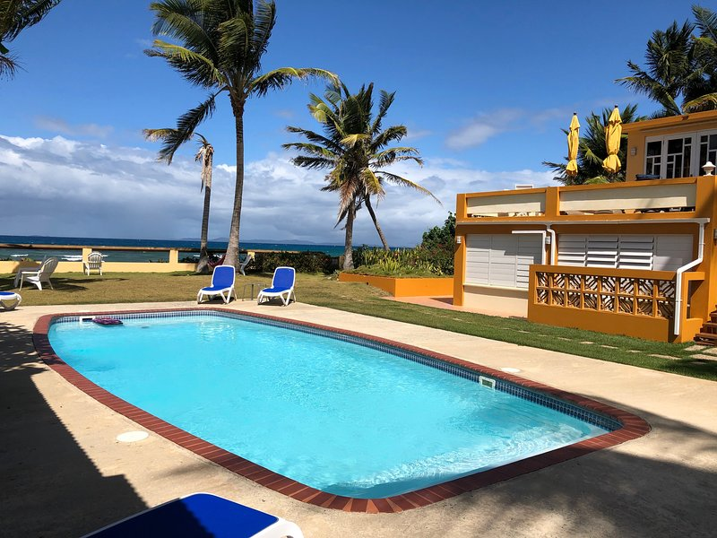 At The Waves - Lower Level 2 beds/2 baths - Ocean Front Villas, holiday rental in Puerto Diablo