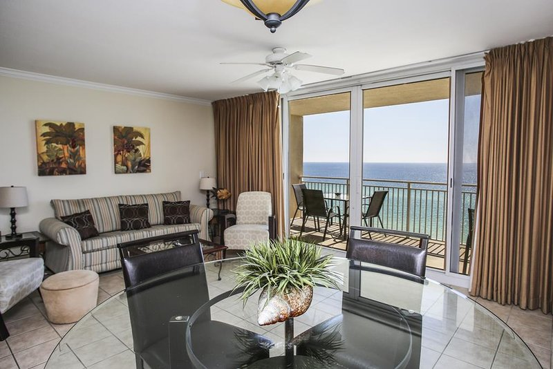 Emerald Beach Resort Condo 1033