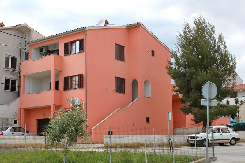Two bedroom apartment Pula (A-10429-a), holiday rental in Vintijan