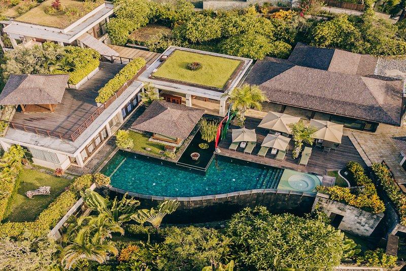 5BR Ocean Private Villas with Butler service, vacation rental in Nusa Dua