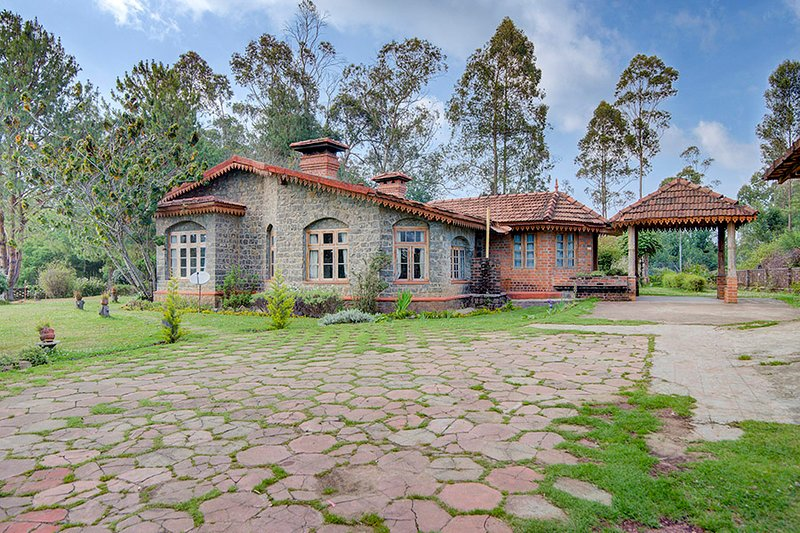 Dianella Bungalow by Vista Rooms, holiday rental in Kodaikanal