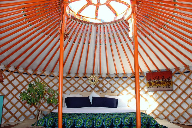 Yurt - the ultimate in flexible green accomodation, holiday rental in Pruna