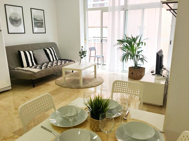 Sagasta Beach Apartment III by Canary365, vacation rental in Utiaca