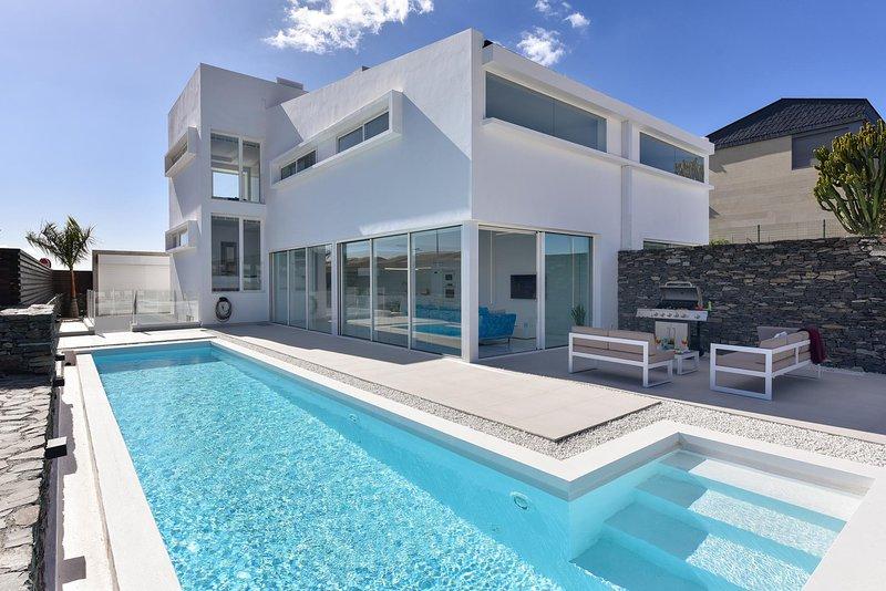 Villa Golden Blue Meloneras, holiday rental in Meloneras