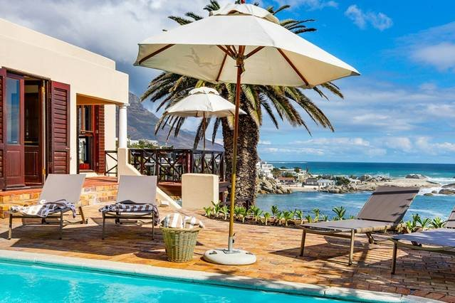 Camps Bay Terrace Lodge, vacation rental in Camps Bay