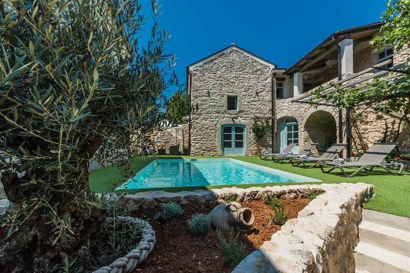 Villa Ivka, vakantiewoning in Lic