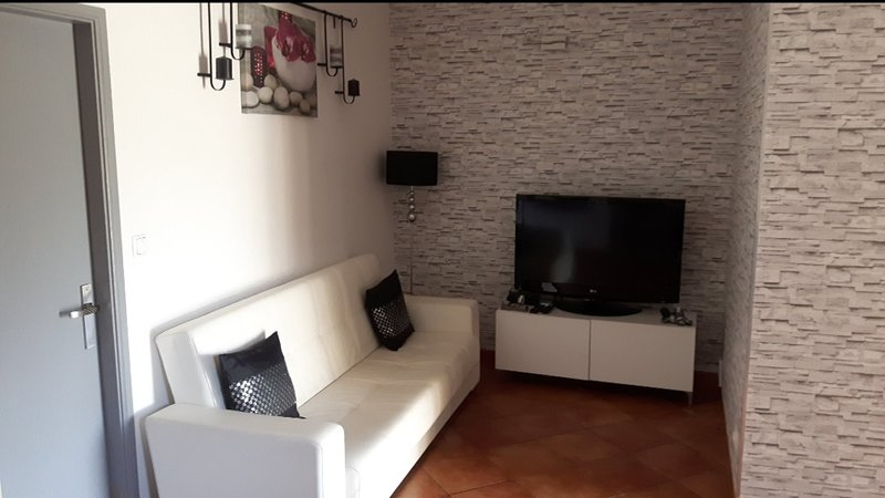 Beautiful house with terrace & Wifi, holiday rental in Valongo
