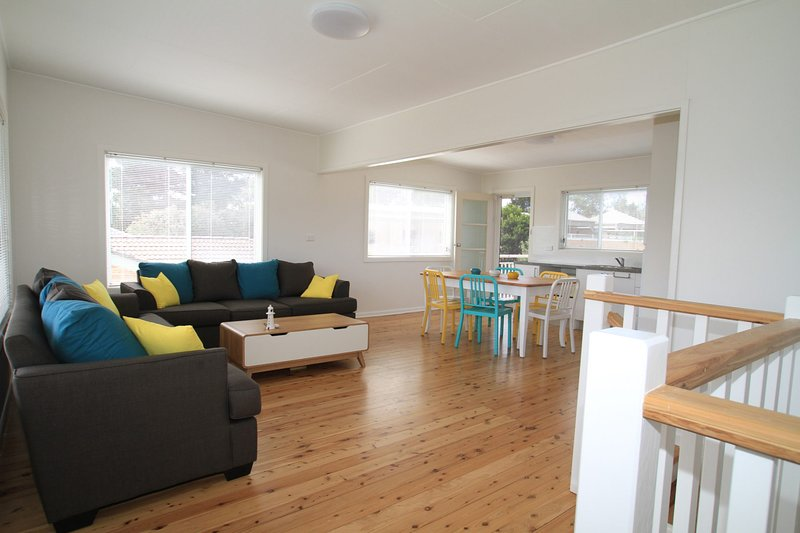 Bright and Breezy - Sussex Inlet, NSW, holiday rental in Sussex Inlet