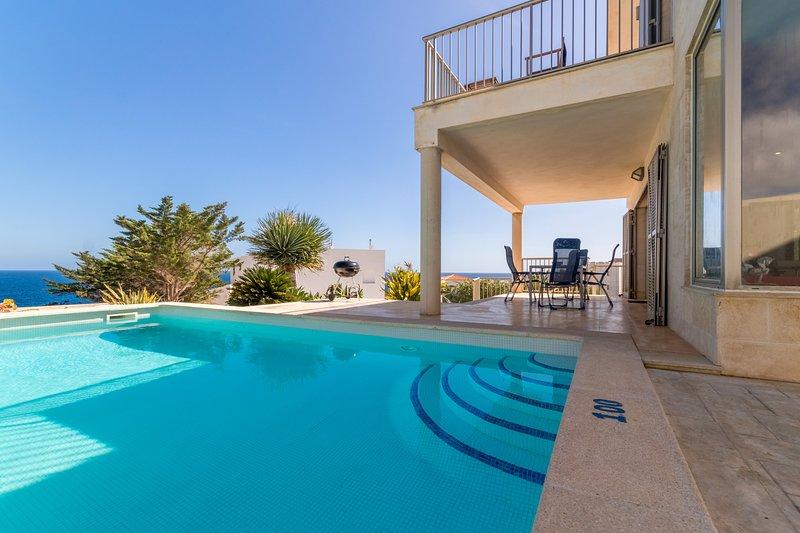 Vista Mar Azul, Villa 5StarsHome Mallorca, location de vacances à Calas de Majorca