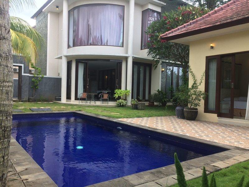 Lot 1 Villa and Homestay Jimbaran, holiday rental in Jimbaran