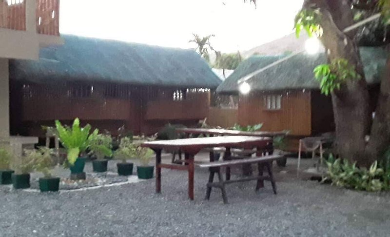 Mangahan Cottages with two rooms and a loft, holiday rental in Zambales Province