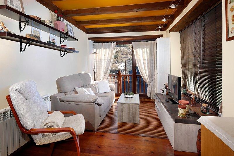 Apto. Viella - La Santeta de Aran, vacation rental in Province of Lleida