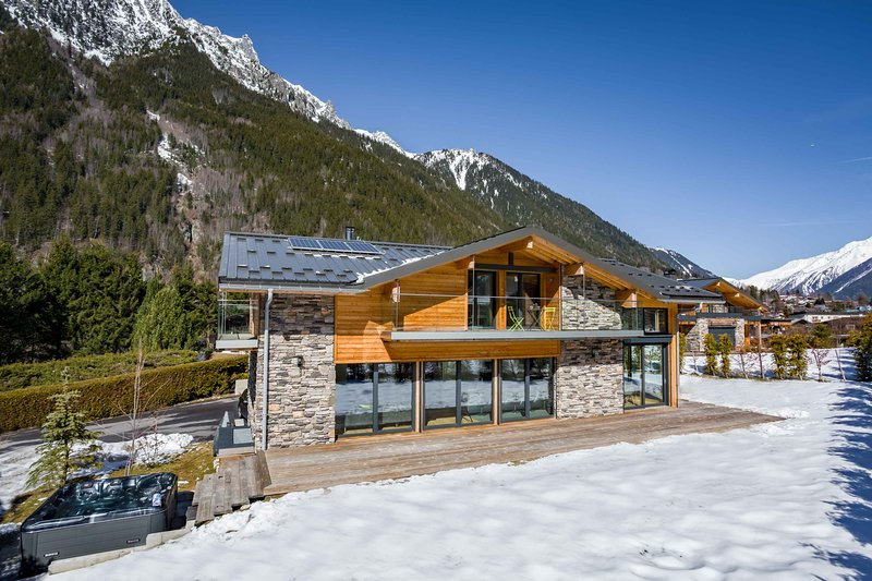 Stay at Chalet Montana with 'Very Good' Property Manager 4.5/5, location de vacances à Les Bossons
