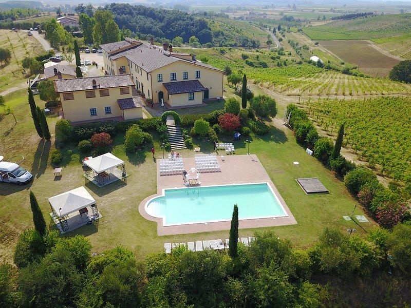 Agriturismo MUSIGNANO - Camera MIGNOLO matrimoniale-WIFI, vakantiewoning in Cerreto Guidi