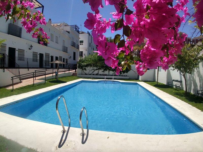Casa 8 - Magnifico casa con A/C, Wi-Fi fibra, Piscina y la playa es unas 400m, holiday rental in Sanlucar de Barrameda