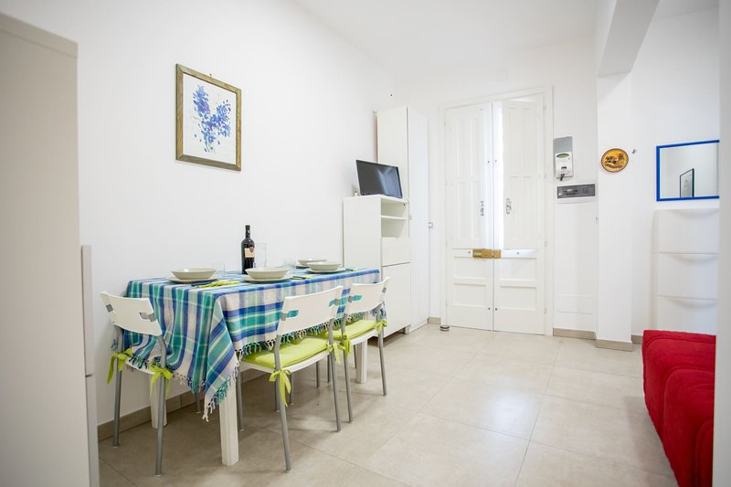 Bilocale Sunset | TL74, holiday rental in Villaggio Boncore