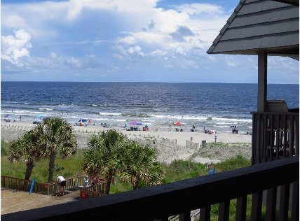 Seaside Condo With Stunning Ocean Views, Fishing Pier, Spacious Balcony, & Pool, vacation rental in Little River