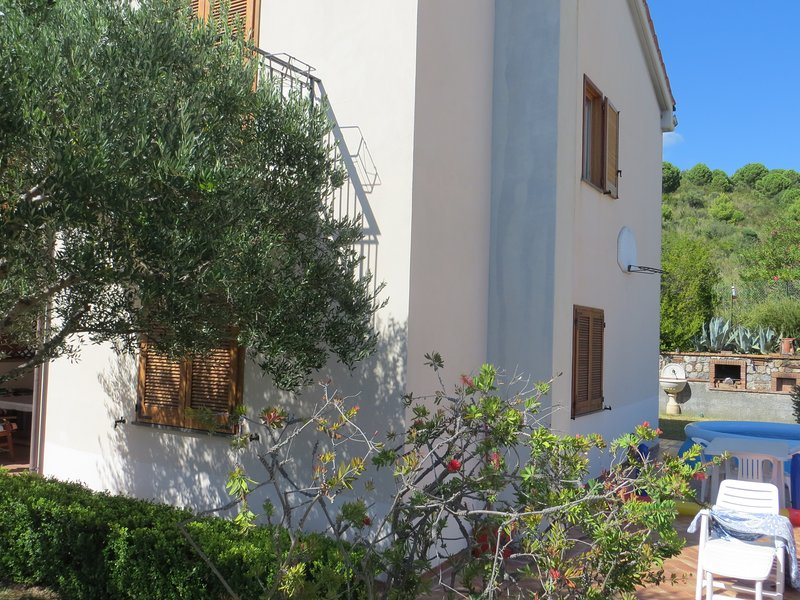 Tusitala - Appartamento in Villa, holiday rental in Castelluccio Superiore