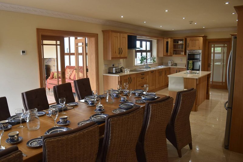 Drumsallagh View - Luxury New Build, vacation rental in Banbridge