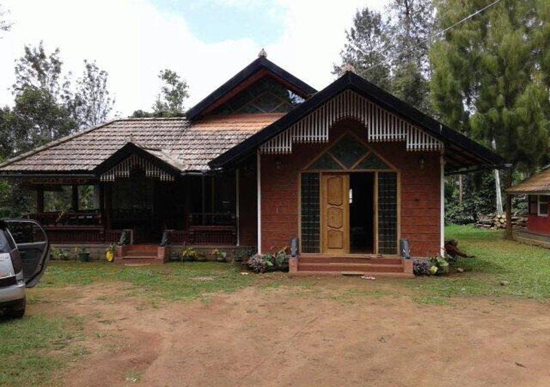TripThrill Wild Cat Ranch 3BHK Farmhouse, holiday rental in Ammathi