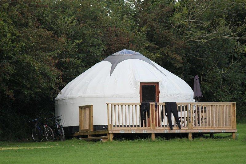 Cornish Yurt with Hot Tub (3), location de vacances à Liskeard