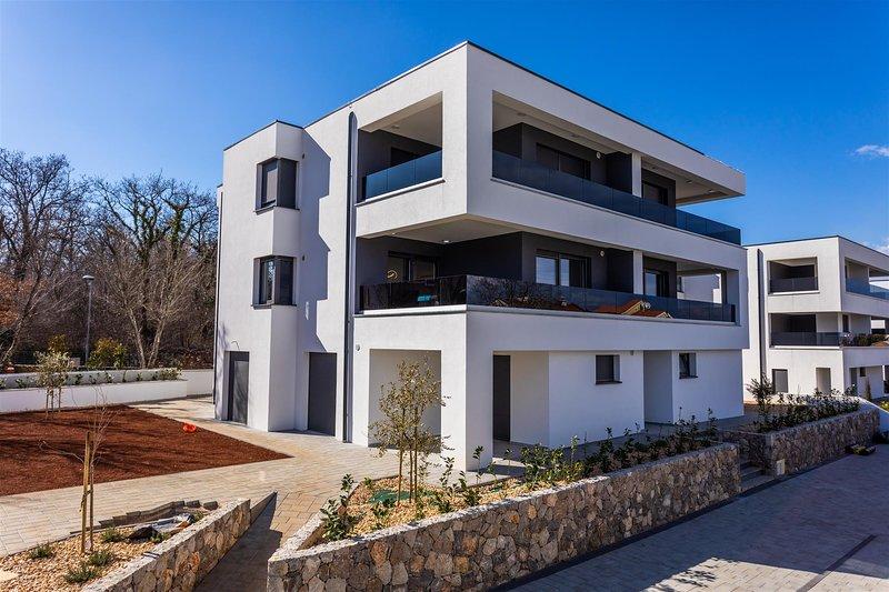 Premium Apartment LUX with Seaview, casa vacanza a Vantacici