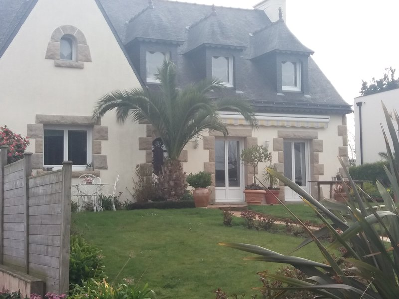 Grande maison proche mer, holiday rental in Saint-Brieuc