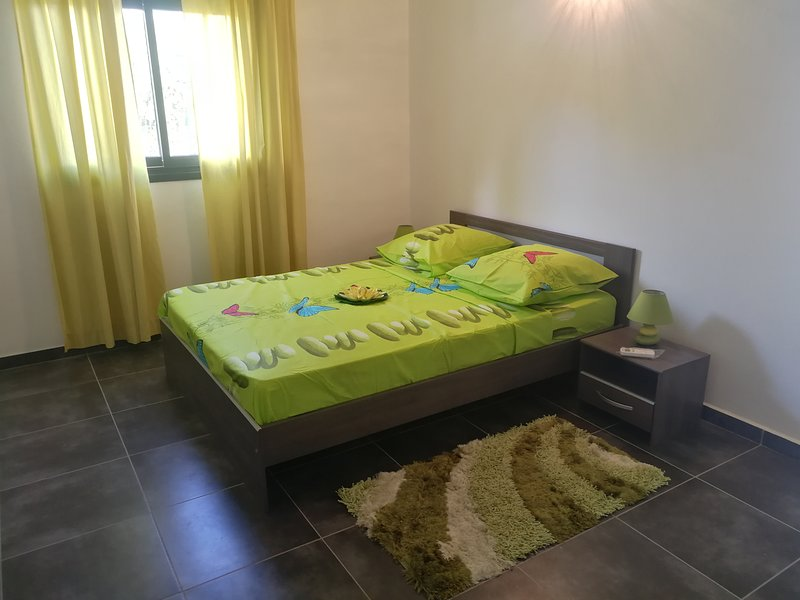 Beautiful studio with garden & Wifi, alquiler vacacional en Le Moule